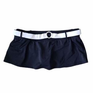 B2G1 NIKE Black/White O-Ring Belt Swim Skirt